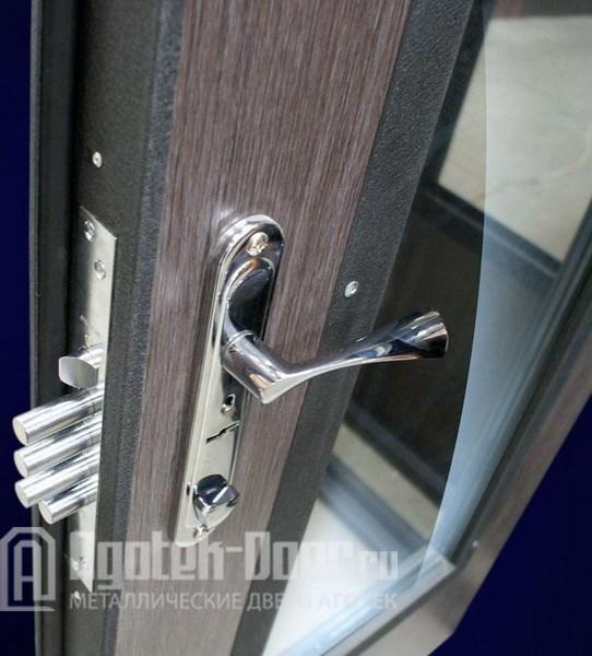 железные двери с зеркалом в подольске